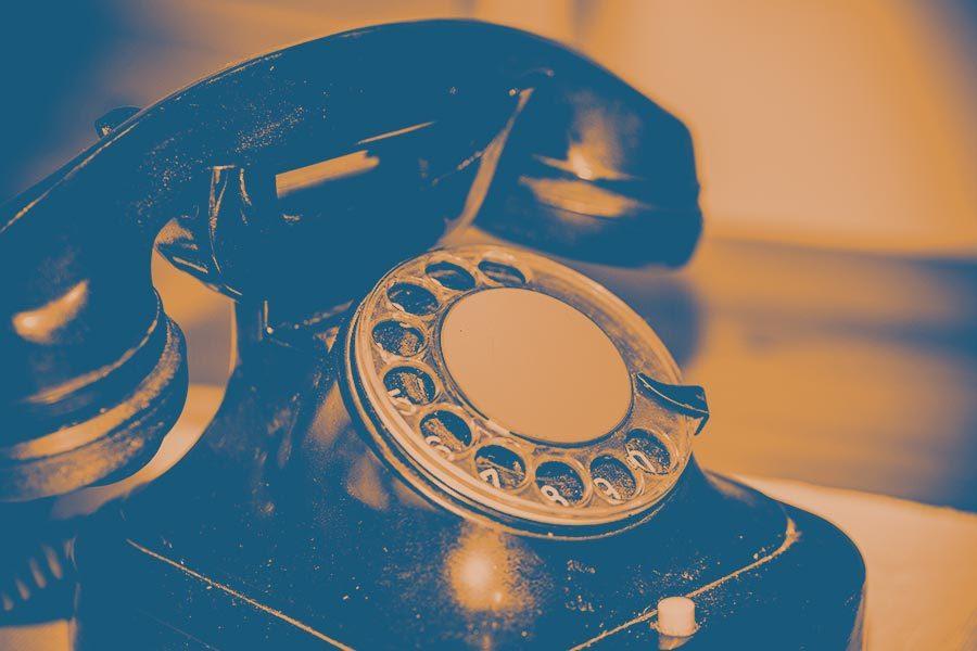 vous-etes-telephone-bichromie-02